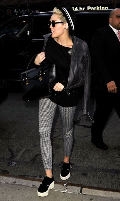 Miley Cyrus monochromatic